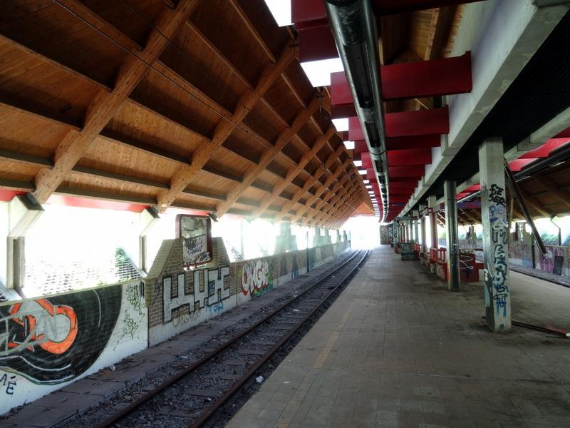 DSC00702 Charleroi - Metro abandonné