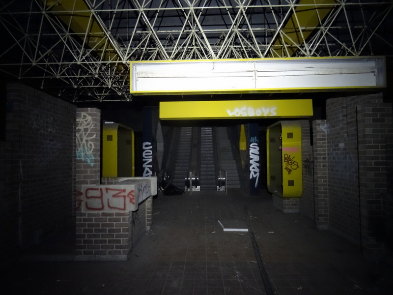 DSC00727 Charleroi - Metro abandonné