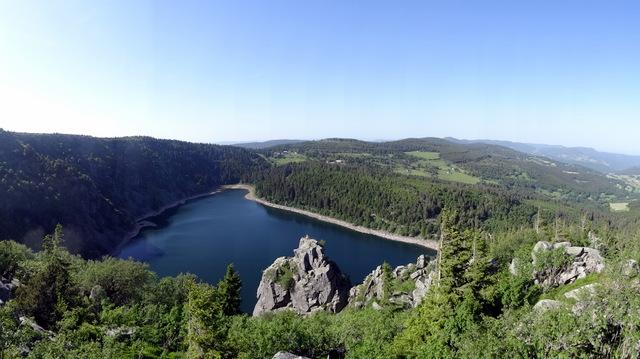 140608-095 Balade 2 - Roche la château Hans vue sur le lac blanc